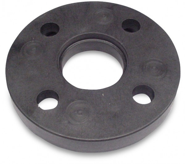 Flange with cast iron reinforcement